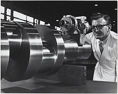 Quality control at Vickers-Ruwolt, Melbourne Photograph by Wolfgang Sievers. Engineering Technology, Mechanical Engineering, Industrial Machinery, Old Factory, Industrial Photography, Australia, Industrial Revolution, Melbourne, Digital Image
