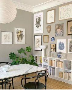 New Interior Design, Apartment Interior Design, Interior Design Inspiration, Home Decor Inspiration, White Wall Decor, Room Wall Decor, Minimalist House Design, Minimalist Home, Dining Room Design
