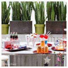 Celebrate in red, white and blue for Labor Day, Memorial Day, 4th of July and any other patriotic holiday!   The Party Goddess! #laborday #memorialday #4thofjuly #holiday #eventplanning #eventplanner #partyplanner #partyplanning Patriotic Images, Secret Party, Recycled Magazines, Blue Food, Party Food And Drinks, Party Photos, Event Decor, Fourth Of July, Independence Day