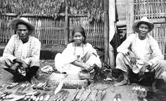 "https://flic.kr/p/8xz2Ed | Men and woman selling knives in outdoor shop, Philippines | Men and woman selling knives in outdoor shop, Philippines, ca. 1913   <b>Photographer: </b> Unknown  <b>Subjects (LCSH):</b> Knives--Philippines Men--Philippines Women--Philippines  <b>Digital Collection: </b> International Collections <a href=""http://content.lib.washington.edu/icweb/index.html"" rel=""nofollow"">content.lib.washington.edu/icweb/index.html</a>  Item Number: INC0087  <b>Persistent URL:</b> <a…"