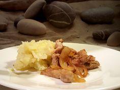Stamppot witte kool met gebakken ui en champignons