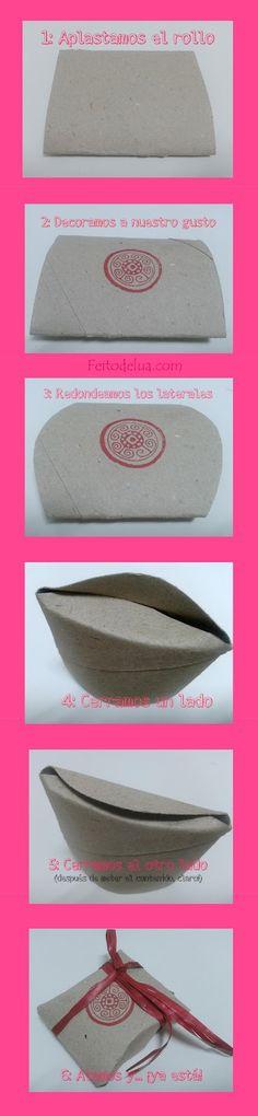 Envoltorio para regalo hecho con un rollo de papel higiénico
