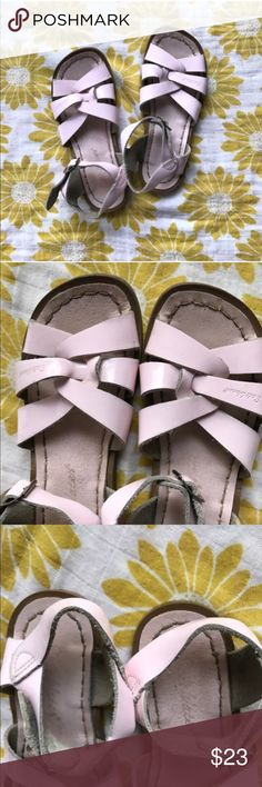 Pink patent saltwater sandals Dirty insole, dirty soles, excellent on all pink areas. Salt Water Sandals by Hoy Shoes Sandals & Flip Flops