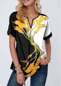 Women'S Black Flower Printed Casual Blouse Short Sleeve Floral Printed Split Neck Top Notch Neck Tunic T Shirt By Rosewe Short Sleeve Flower Print Stylish Tops For Girls, Trendy Tops For Women, Ahegao Shirt, Tennis Dress, Trendy Dresses, Look Fashion, Fashion 2018, Trendy Fashion, Fashion Outfits
