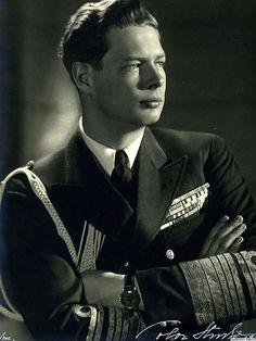 King Michael I of Romania, last monarch of Romania.His father is King Carol II and his paternal grandmother is Queen Marie, who used to be Princess Marie of Edinburgh. Thus, Michael is a great-great-grandson of Queen Victoria of Great Britain. Queen Mary, King Queen, Michael I Of Romania, Romanian Royal Family, Central And Eastern Europe, Today In History, Blue Bloods, Royal House, Royal Life