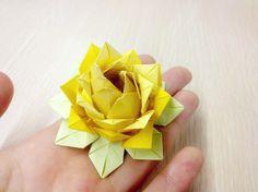 flor de lotus origami para colocar docinhos