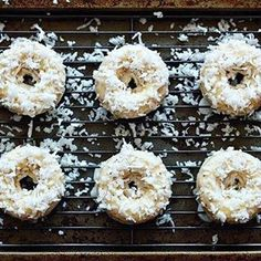 These Coconut Lemon Baked Doughnuts are a delicious and pretty healthy way to start the day. And bonus: they're vegan too! Vegan Donut Recipe, Baked Doughnut Recipes, Baked Doughnuts, Vegan Recipes, Vegan Doughnuts, Vegan Cupcakes, Potato Recipes, Crockpot Recipes, Free Recipes