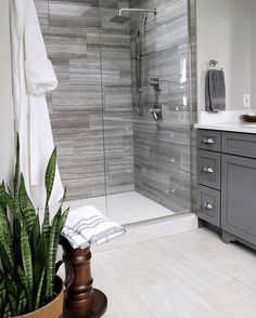 My husband & I are not bath people - I can count on one hand how many times we used our large soaking tub. So we removed it & replaced it with a walk in shower that we love & use every day.  Would you miss not having a bathtub in your master bathroom? • #myhautehome #foxhollowfridayfavs #fridayfarmhousefavorites #designsecretsources #sharemysquare #foliagefridayfreshorfaux • Would Louisa @louisa_craven & Tiffany @sweetmangolane care to share?