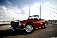 Sky is the limit Starring: Triumph TR6 (by Denniske)