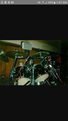 Young Faust drumming.