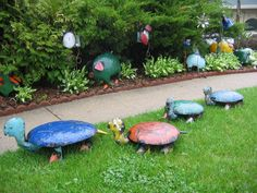 Garden Art From Old Silverware | ... garden art the dish flowers are made from vintage dishes and have