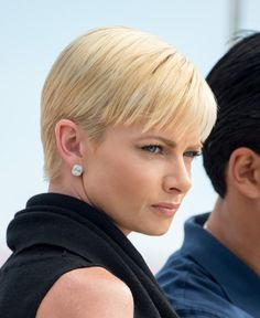 Jaime Pressly Short Haircuts | Celebrity Sightings In Los Angeles - August 11, 2014