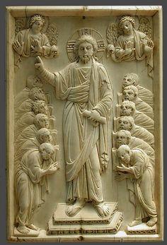 Христос и апостолы. Х в. Нижняя Саксония. 9.9х18.2 см. Кливленд, Музей  Изобр. искусств.