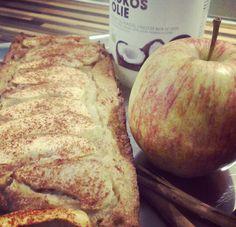 In deze Paleo appelcake zitten geen gluten, suiker en roomboter. Wat dan wel? Lekker veel appels, nootjes en kaneel!