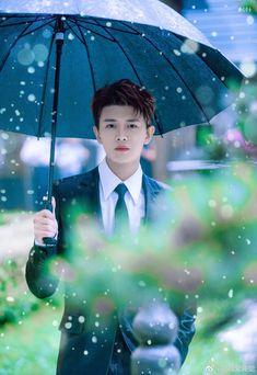 China Movie, Handsome Actors, Screen Wallpaper, True Beauty, Pretty Boys, My Boys, Kdrama, Eye Candy, Daddy