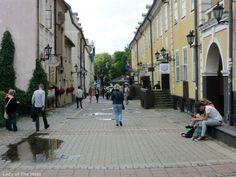 Streetviev in Riga, Latvia - www.ladyofthemess.fi/2015/08/riika-ronttaliisa-baltian-pariisissa.html