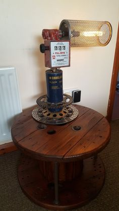 awesome steampunk lamp made from old filters and a petrol pump Rustic Lamps, Rustic Lighting, Industrial Lighting, Interior Lighting, Industrial Design, Diy Light Fixtures, Man Cave Art, Pipe Lighting, Old Lamps