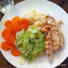 Probiere das mal aus!: Gegrillte Hühnerbruststreifen mit gedünstetem Gemüse und Reis