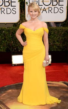 Melissa Rauch from Golden Globes 2014 : le tapis rouge | E! Online