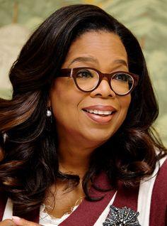 Oprah's Eyeglasses Styles: 14 Iconic Frames Winfrey Wore - Vint & York Oprah Glasses, Clear Round Glasses, Eyewear Trends, Intelligent Women, Fashion Eye Glasses, Girls With Glasses, Oprah Winfrey, African American Women, Jennifer Lopez