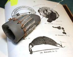 """construction process on Karelian Iron Age """"tiara"""""""