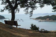 sea & bench,chungsando,KOREA photo by e.s lee  where parts of Spring Waltz were filmed