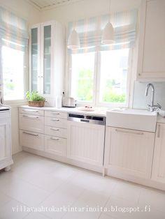 Kitchen by Puustelli, picture from Villa Vaahtokarkin tarinoita -blog