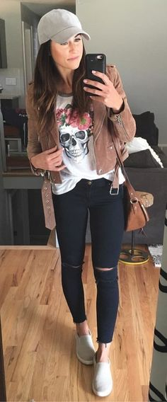 4ac662fce #fall #outfits women's brown zip-up jacket Atuendo, Ropa De Otoño Casual