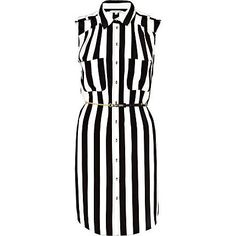 I have this thing for black-and-white stripes with bold coloured flowers. Of course the latter is missing in this dress :(