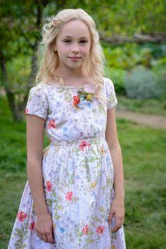 Eloise Webb (little Ella) on the set of Cinderella