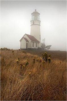 Oregon Mist - Lighthouse.