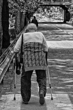 Sfide Fotografiche > STREET PHOTOGRAPHY - http://www.nikonclubitalia.com/forum/Sfide-Fotografiche-STREET-PHOTOGR-t305508.html