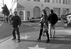 Never Before Seen Photos From Legendary Street Photographer Garry Winogrand | Mother Jones