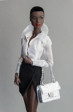 Out of Sight | Nadja | Danidolls Madmoiselle Coco blouse and bag | Nadja Out of Sight skirt and jewelry