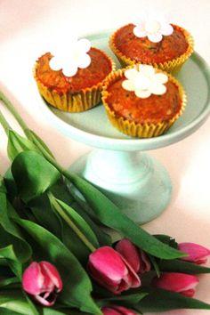 Zuccini-Möhren-Muffins - Das wunderbare Leben der Misses T. – Food – Deko – Lifestyle Zucchini Muffins, I Foods, Baking Recipes, Wordpress, Food And Drink, Happy Birthday, Cooking, Breakfast, Desserts