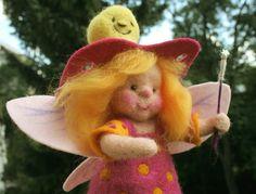 Florentina, die Schnullerfee von Zauberland auf DaWanda.com