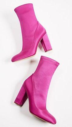 1d60d32d945 86 Best SHOES images in 2018   Women's Shoes, Boots, City chic
