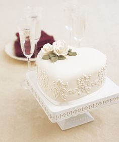 Gorgeous Small Wedding Cake                              …