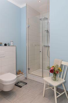 Toilet, Bathtub, Bathroom, Standing Bath, Bath Room, Bath Tub, Litter Box, Bathrooms, Bathtubs