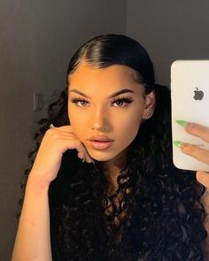 Slick Hairstyles, Haircuts For Curly Hair, Baddie Hairstyles, Girl Hairstyles, Relaxed Hairstyles, Latina Hairstyles, School Hairstyles, Wedding Hairstyles, Hairstyles For Curly Hair