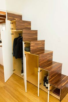 Hikari-Box-Tiny-House-Tansu-Storage-Stairs-Open The Hikari Box is a modern tiny house design with an open floor plan, tons of light, and a relatively simple construction process. Modern Tiny House, Tiny House Living, Tiny House Plans, Japanese Tiny House, Living Room, Modern Houses, Small Living, Tiny House Stairs, Loft Stairs