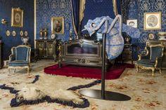 Joana Vasconcelos - enormous hand knitted bee! Definitely odd! Ajuda palace, Lisbon