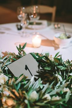 Olive branch table centrepiece | Wedding reception ideas | Wedding in Greece