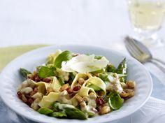 Hähnchen-Bolognese zu Spargel-Nudeln Rezept