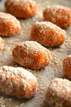 Baked Cinnamon Sugar Sweet Potato Tots|| runningwithspoons.com