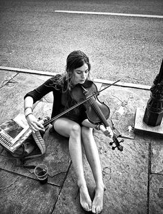 ♫♪ Music ♪♫ black & white photography The urban violinist street musician