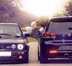 Vw Golf Vr6, Golf 7 Gti, Volkswagen Golf Mk1, Vw Mk1, Car Photos, Car Pictures, Scenic Car, Volkswagen Convertible, Engagement Photo Props
