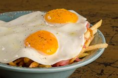 """""""Ovos Rotos"""" #advertising #photoshoot for """"Copos & Cusquices"""" by #albfield #eggs #friedeggs #frenchfries #food #foodphotography"""