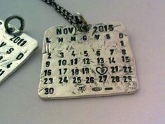 U0307-01 Ciondolo Calendario