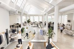 Digital Retail Everlane Pulls Back the Curtain, Both on Its Business Model and Its New Offices